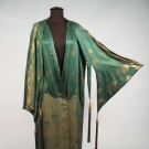 EMERALD & GOLD LAMÉ EVENING COAT, 1920s