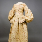 FRITTILARIA PRINTED WOOL DRESS, 1835-1840
