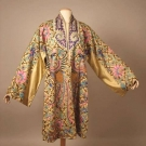 EMBROIDERED CHINESE EXPORT ROBE, EARLY 20TH C