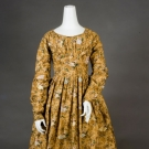 SEAWEED & FLORAL PRINTED DRESS, 1830-1835